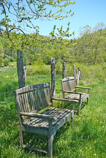 Valle crucis benches