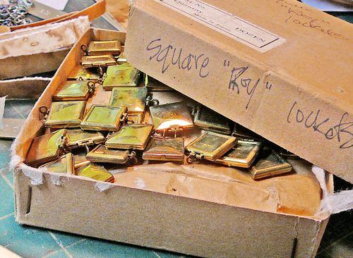 Roy lockets box