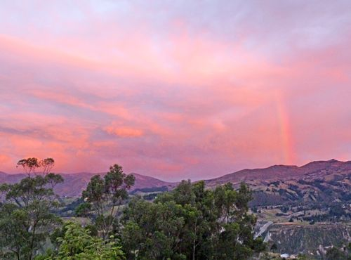 Black sheep inn, roy's sunset rainbow 1