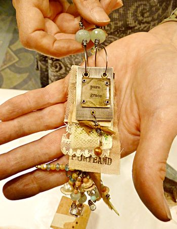 Workshop necklace - lorrie i detail 1
