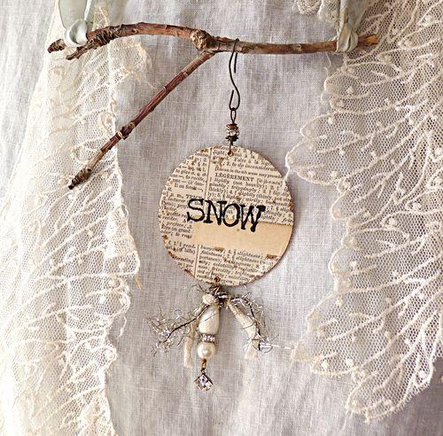 Ornament 1 snow