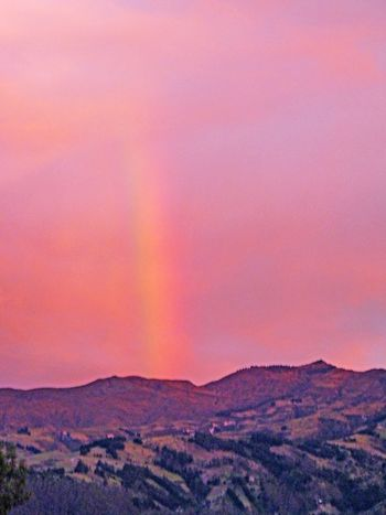 Black sheep inn, roy's sunset rainbow