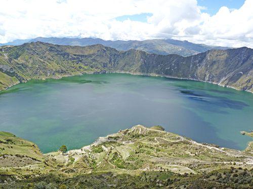 Lake quilatoa