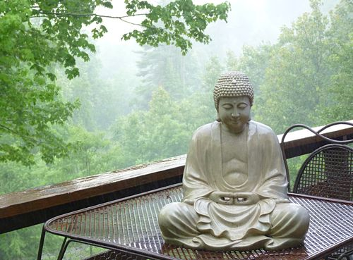Buddha in rain