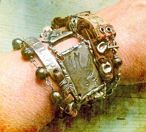 Bracelet wrap 1