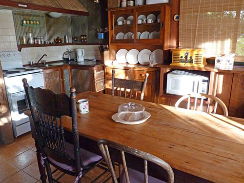 Dwellingup cottage kitchen