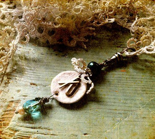 Love pendant backside