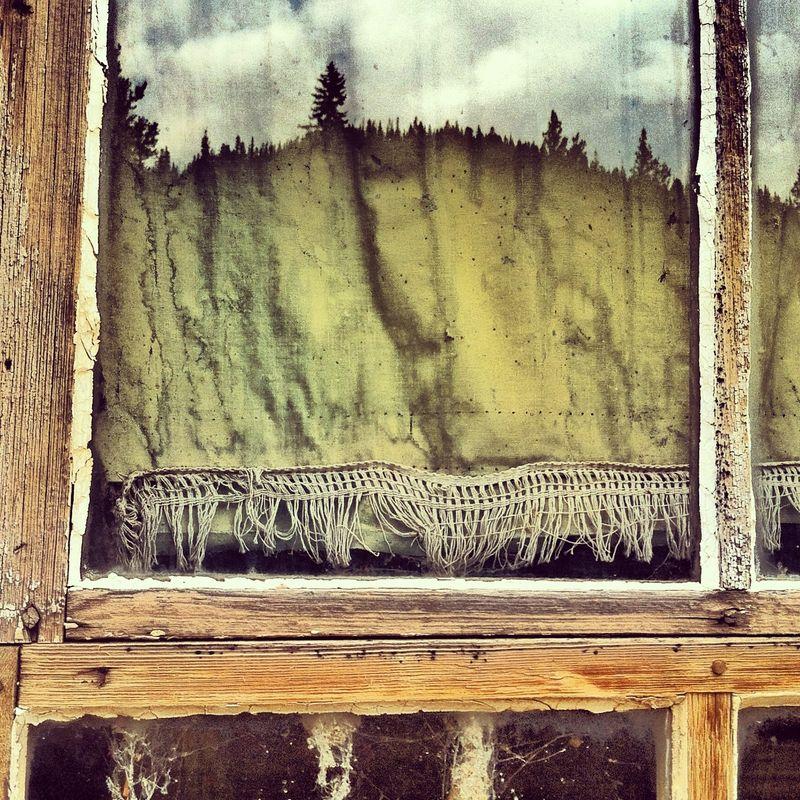 Lost window reflection