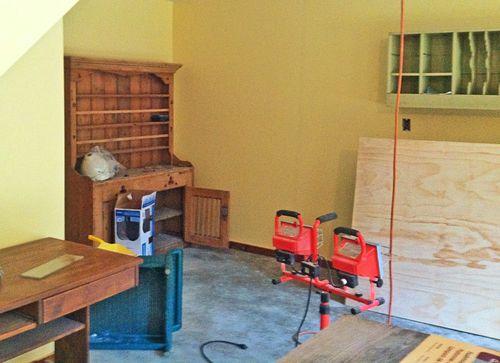 Studio hutch
