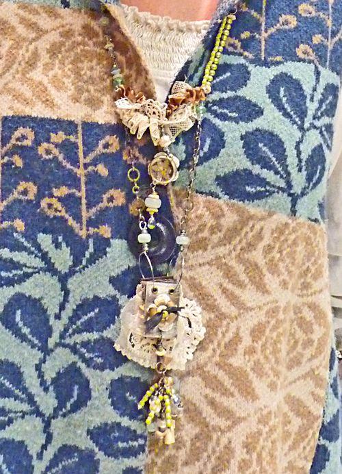 Workshop necklace - julie 1