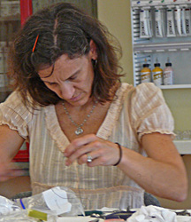 Anne_concentrates_cropped