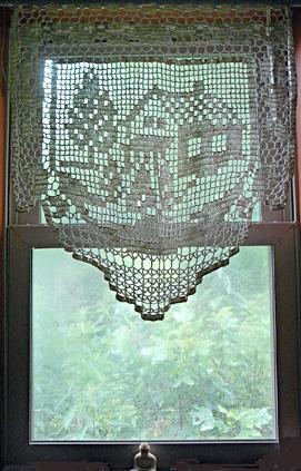 Buddha_in_the_window