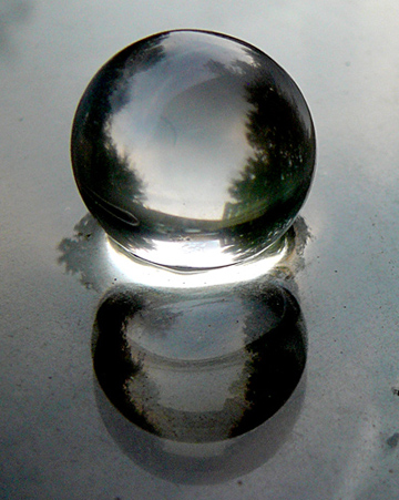 Double_marble_world_smallest