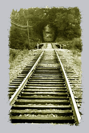 Railroad_tracks_with_edge_1
