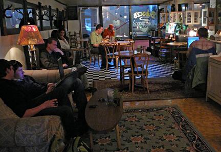 Underground_cafe
