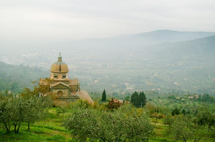 Church_in_cortona_1_postcard