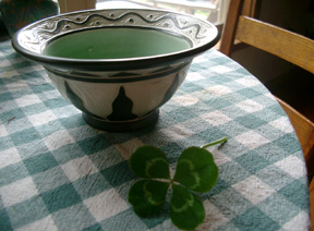 The_good_luck_bowl_1